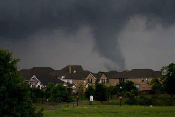 Funnel cloud near Lancaster in Dallas County