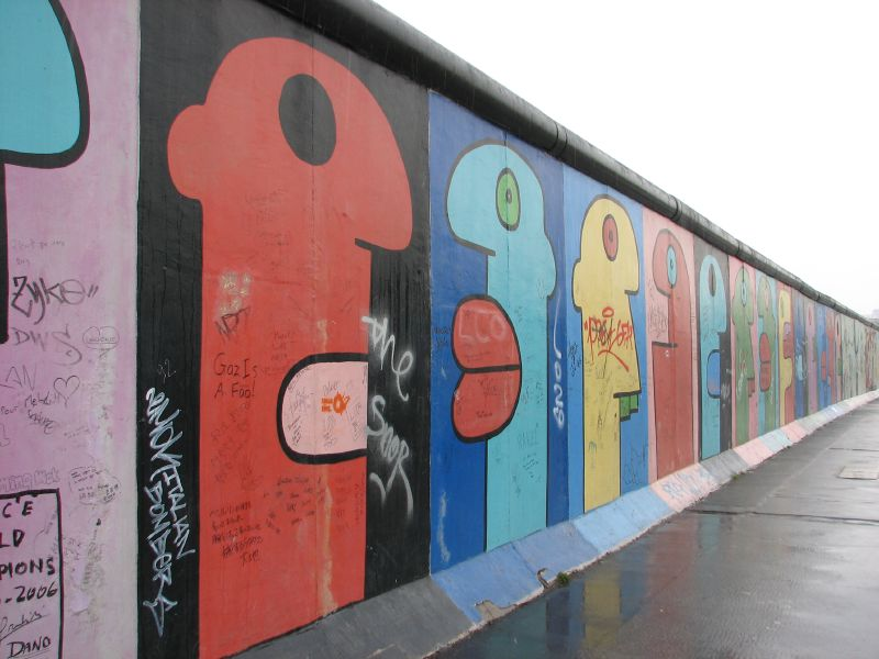 Wir Sind Ein Volk The Fall Of The Berlin Wall And What It Means 25