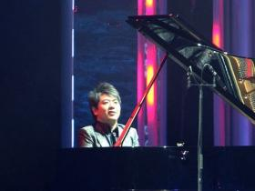Pianist Lang Lang performs at the 2009 Nobel Peace Prize Concert