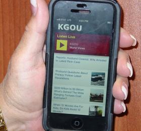 KGOU's mobile web site on Karen's phone.
