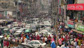 Traffic congestion continues to be a major issue in Dhaka, Bangladesh, despite government promises to fix the problem.