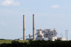 Oklahoma Gas & Electric's coal-fired Sooner Plant in Red Rock, Oklahoma.