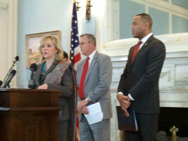 Gov. Mary Fallin, Senate President Pro Tem Brian Bingman (R-Sapulpa), and House Speaker T.W. Shannon (R-Lawton) announce their tax cut proposal in the Blue Room of the State Capitol - April 23, 2013.