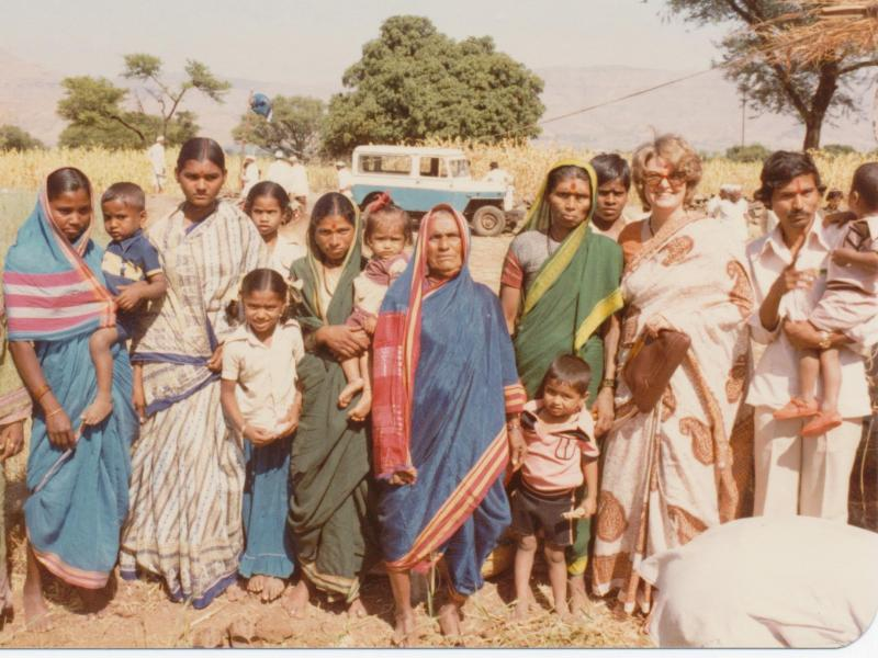 LaNelma Johnson stands with villagers in Panchgani, India
