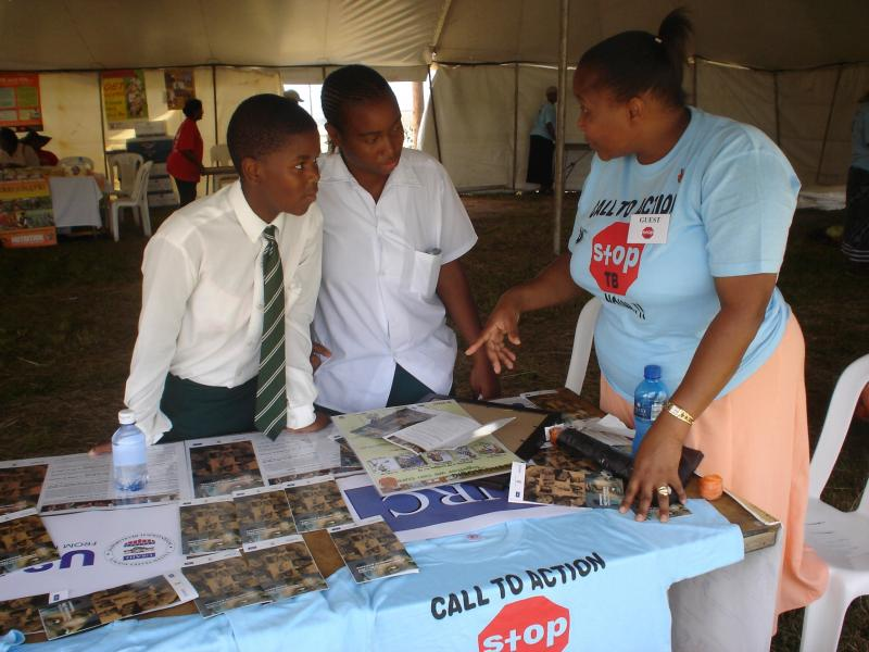 Aid workers explain the relationship between HIV and tuberculosis in South Africa