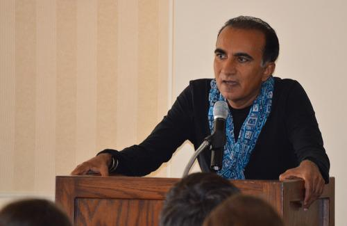 Iqbal Theba addresses University of Oklahoma students in April 2014.