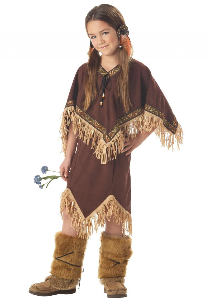child in a native american halloween costume
