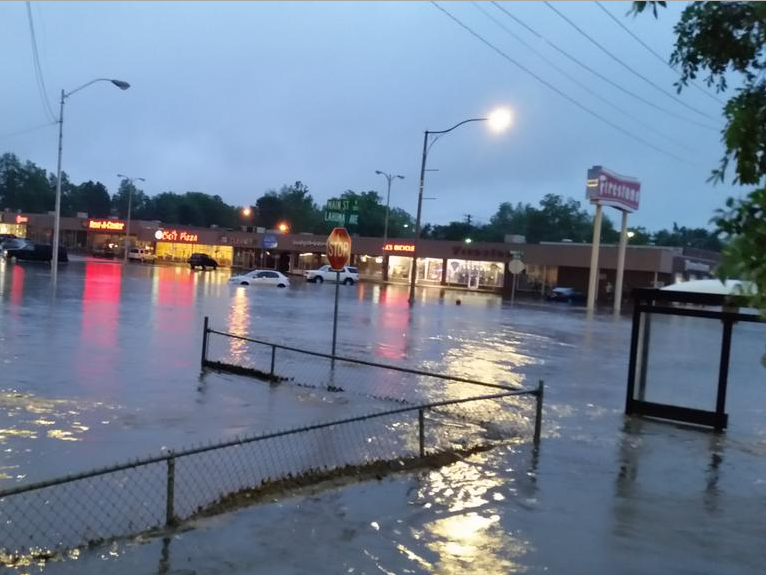 Heavy flooding at the intersection of Main Street and Lahoma Ave. in Norman on May 19, 2015.