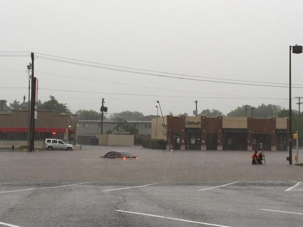 Flooding in Oklahoma City on 23rd Street