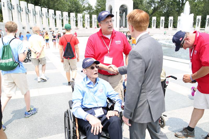 U.S. Sen. James Lankford speaks with World War II veterans at the National World War II Memorial in Washington, D.C. on June 10, 2015.