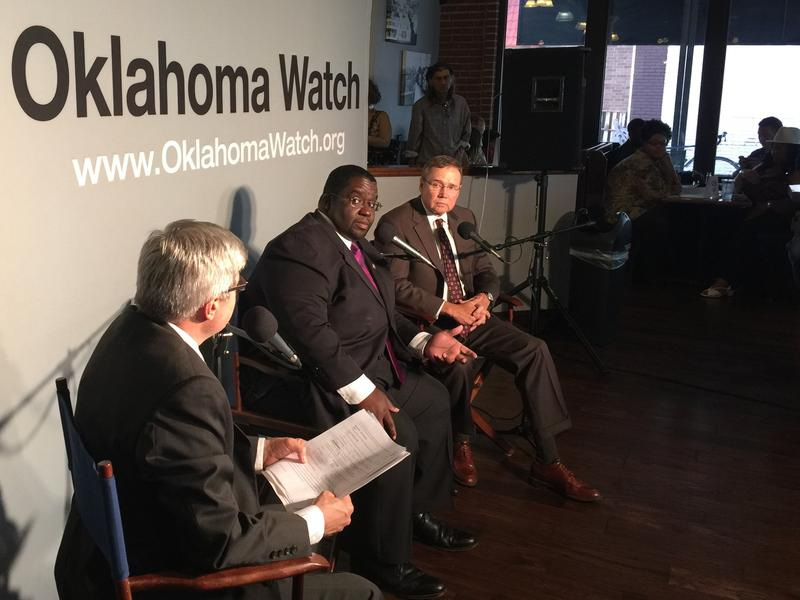 (L-R): Oklahoma Watch executive editor David Fritze, Oklahoma City Ward 7 councilman John Pettis, Jr., and Oklahoma City police chief Bill Citty during Tuesday night's forum at Kamp's 1910 Café.