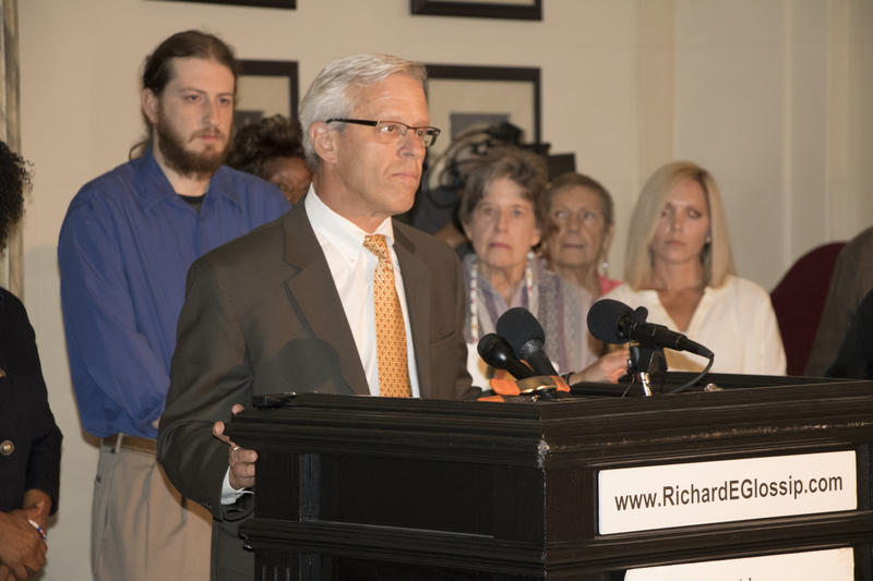 Attorney Don Knight speaks to reporters during a state Capitol news conference Sept. 14, 2015.