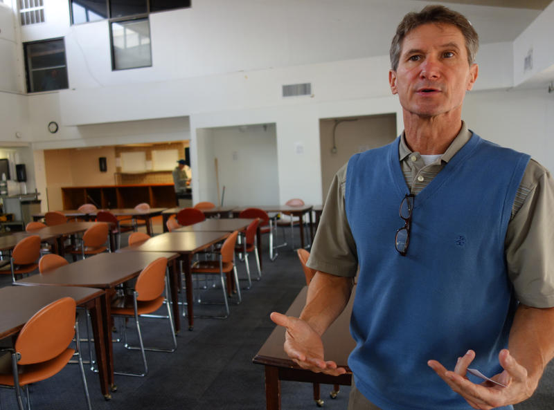 Brad Collins, of nonprofit addiction recovery center 12&12, said an alternative to jail provided by 12&12 would help both those with alcoholism and those who need to sleep off a one-night party.