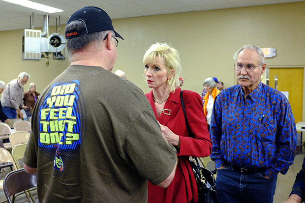 Oklahoma Corporation Commissioner Dana Murphy talks with residents concerned about seismic activity during a March 25, 2015 town hall meeting in Medford.