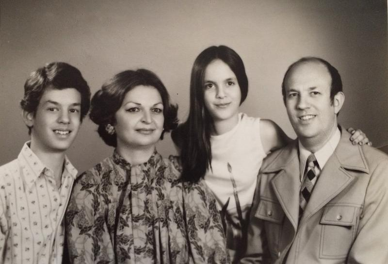 Cyrus Copeland, his mother Shahin, sister, and father Max Copeland in a family photo.