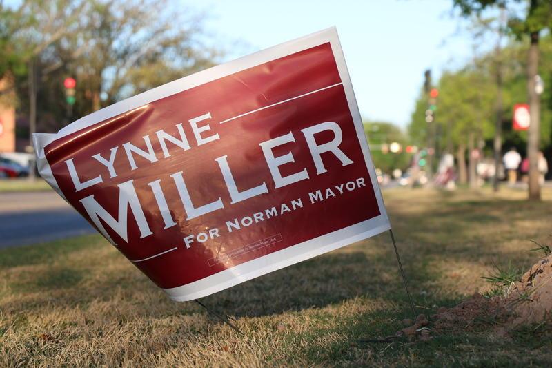 Lynne Miller campaign sign