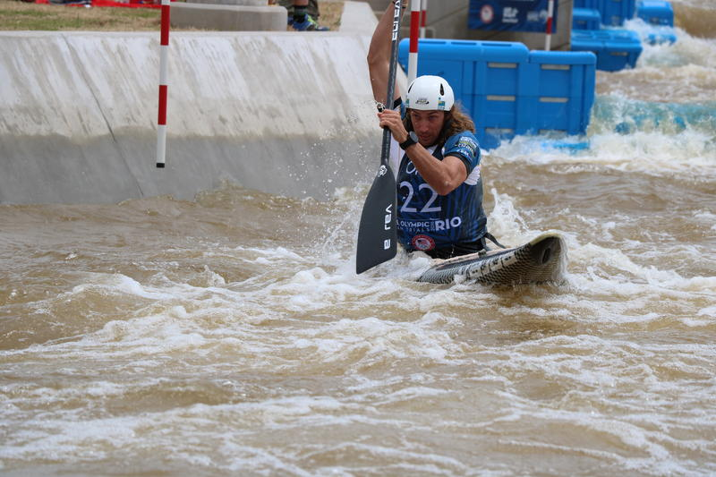 Ian Borrows battles the waves in the Canoe Singles (C1) Men event at the team trial in Oklahoma City on May 7, 2016.