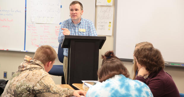 Jason Stephenson teaches a class at Deer Creek High School in Edmond. Deer Creek's allocation of money from motor vehicle collections doubled between fiscal years 2015 and 2016.