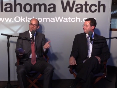 Greg Mashburn, Oklahoma District 21 District Attorney (left), and Kris Steele, Executive Director of The Education and Employment Ministry (right), debate State Questions 780 & 781 during an October 18, 2016 Oklahoma Watch-Out forum in Oklahoma City.