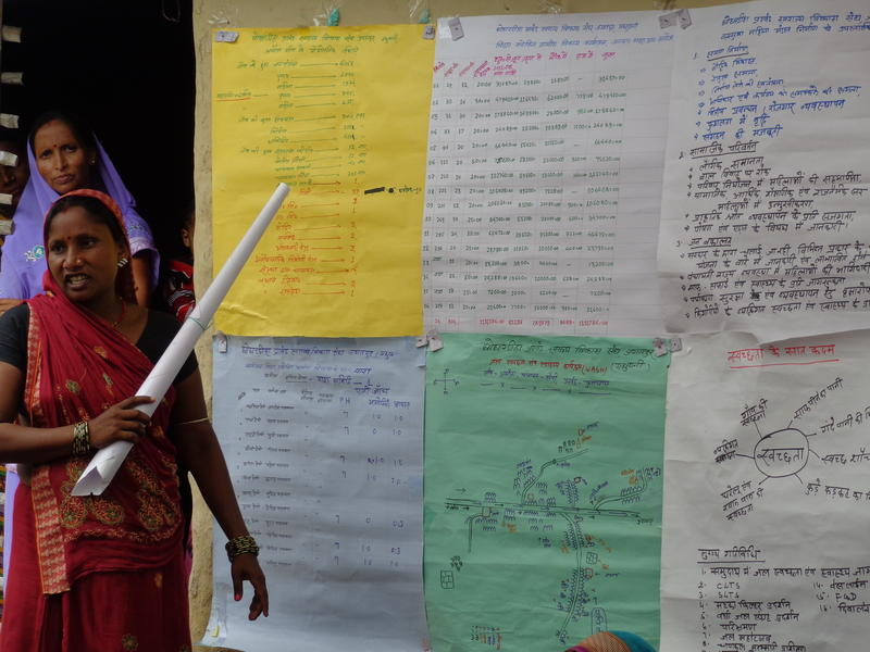 A community leader presents her group's work in Amouja village in Bihar, India.
