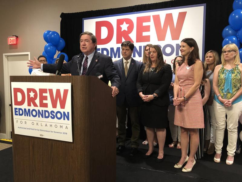 Drew Edmondson address supporters after winning the Democratic nomination for governor.