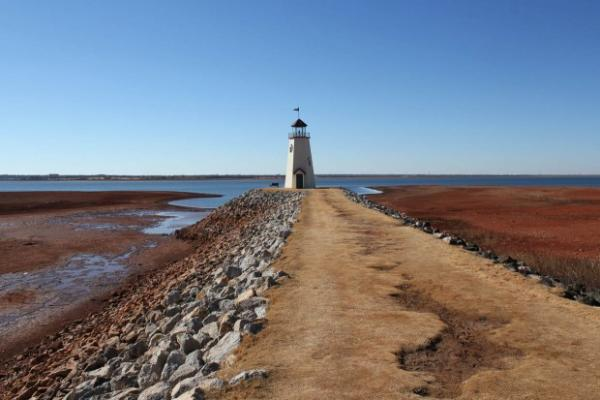 In January 2013, Oklahoma City's Lake Hefner recorded its lowest lake level in its 66-year history.