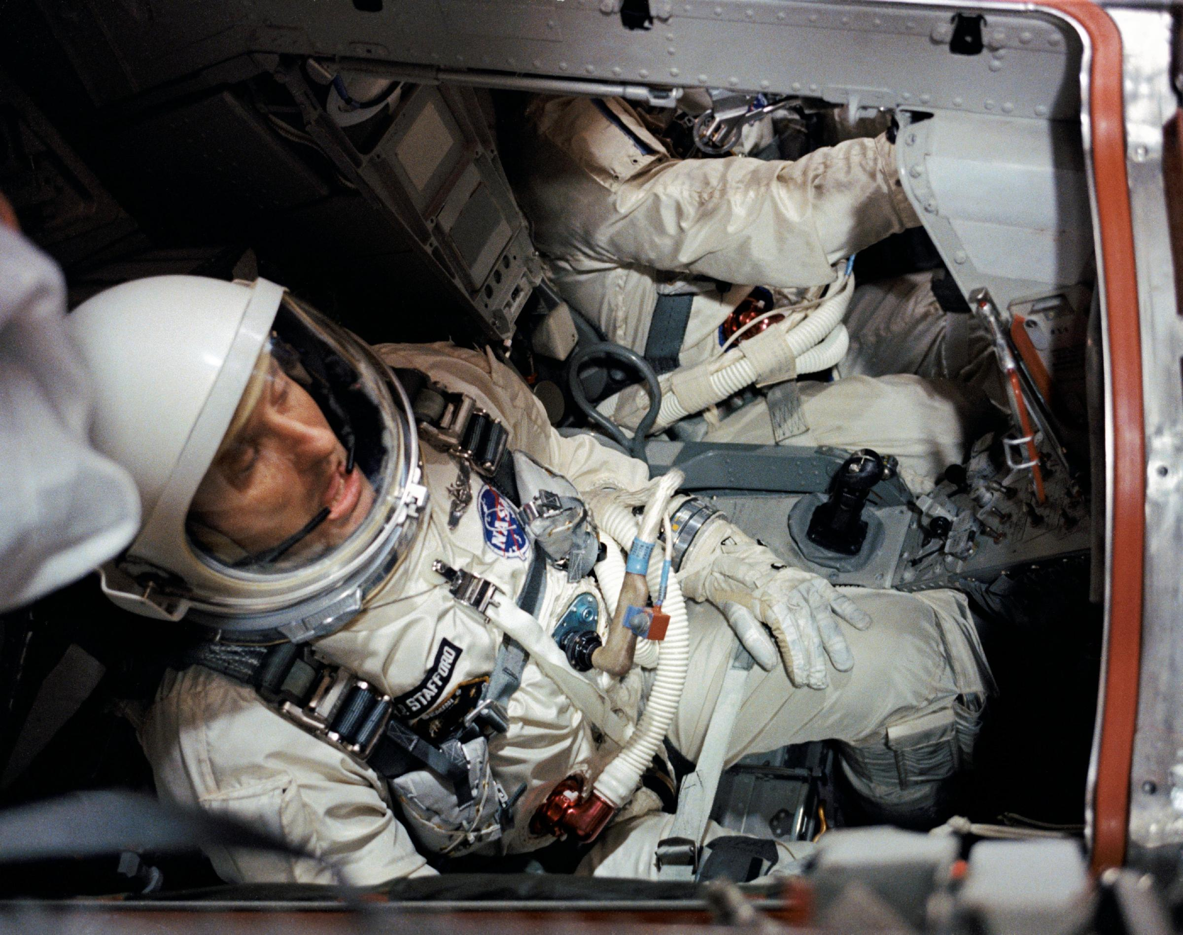 astronaut in space rocket - photo #45