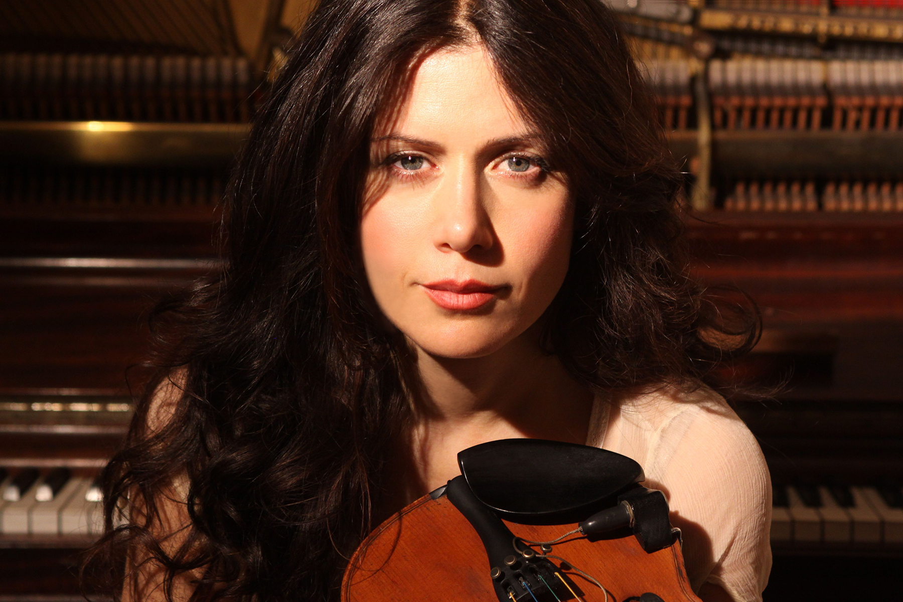 Communication on this topic: Amelia Frid, lili-haydn/