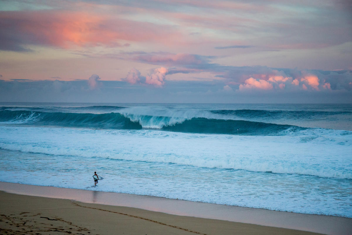 2aed82bbb59ad3 Could This Be the Last Chance to See a Surf Champion Crowned at Pipeline