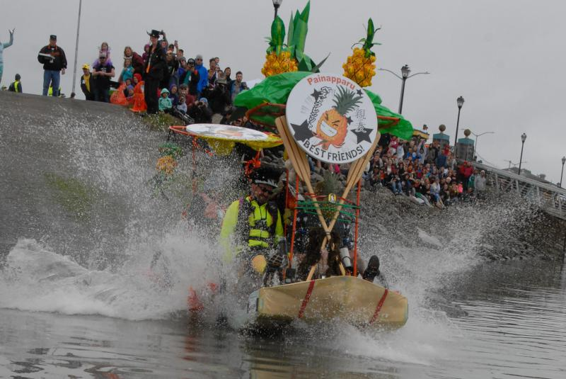 Kinetic Sculptures begin Day 2 with the water entry and water crossing in Humboldt Bay 2017