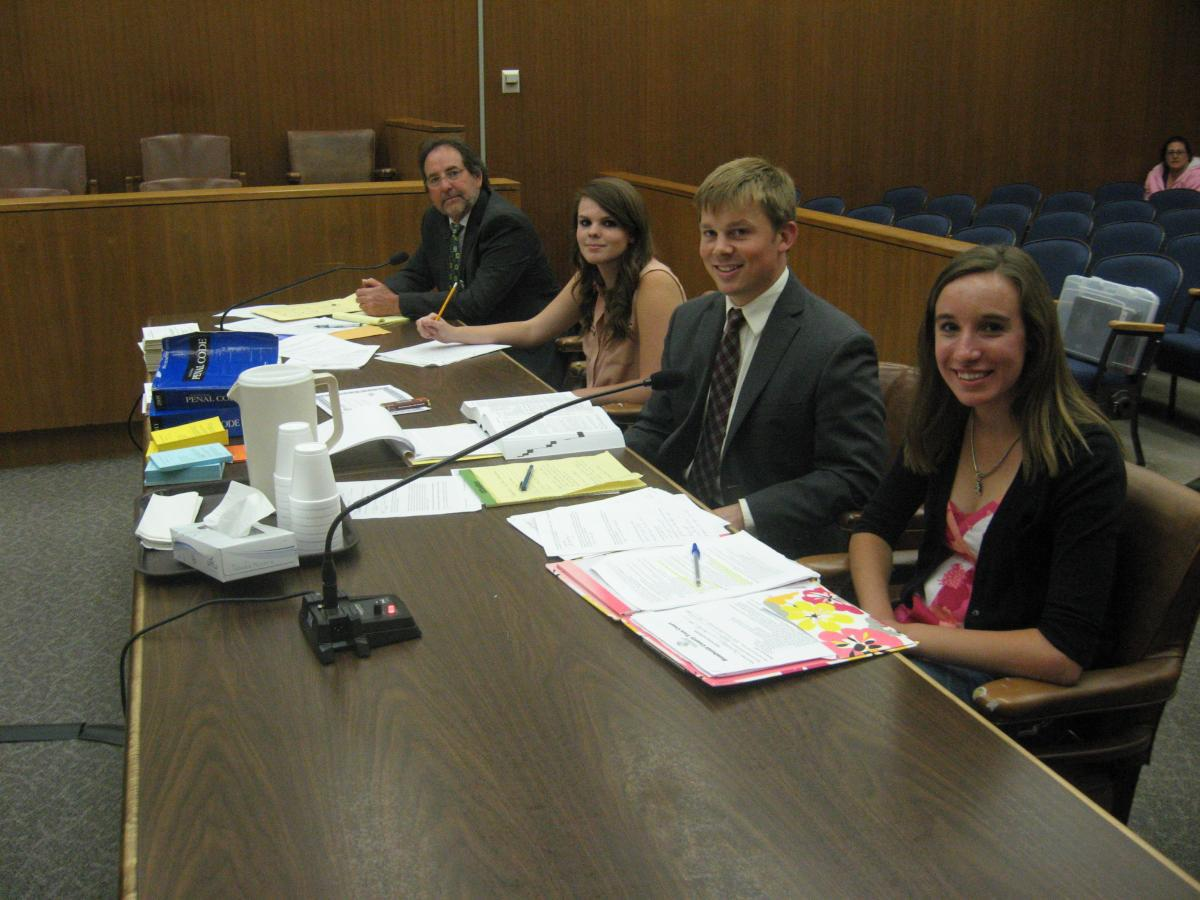 Teen court volunteer training responsible