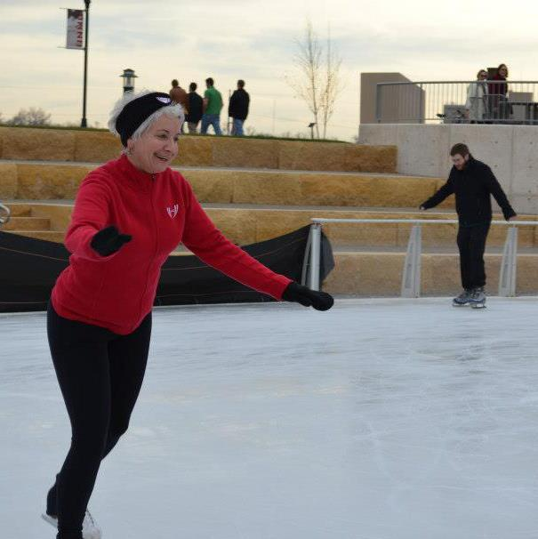 Holidays skate into Knoxville with Market Square ice rink