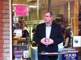 Senator Merkley speaks at Kiva Grocery in Eugene.