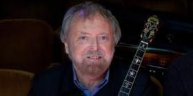 Tenor banjo master, vocalist and Irish folklorist Mick Moloney.