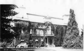 Cellulose nitrate negative image of Villard Hall on the University of Oregon campus around 1927.