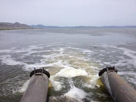 Water from farmland enters open water at the Lower Klamath wildlife refuge.