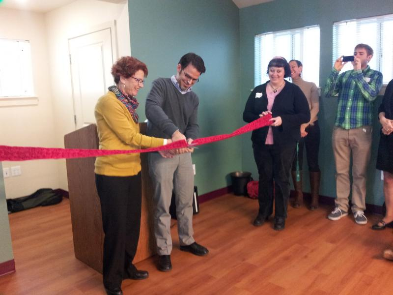Sponsors Executive Director Paul Soloman cuts ceremonial ribbon at the opening of Bothy Cottage, or RISE (Reunite in a Supportive Environment).