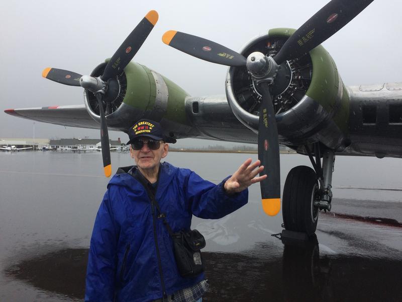 Former B-17 bombardier Alton Richard Andrews.