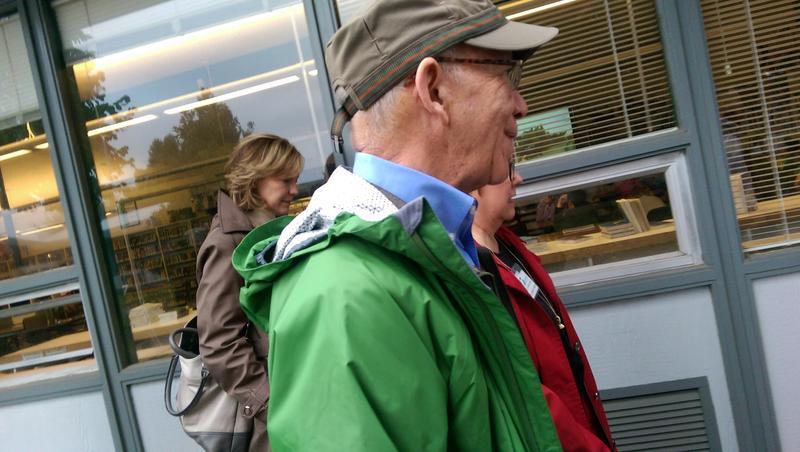 Congressman Peter DeFazio tours Hamlin