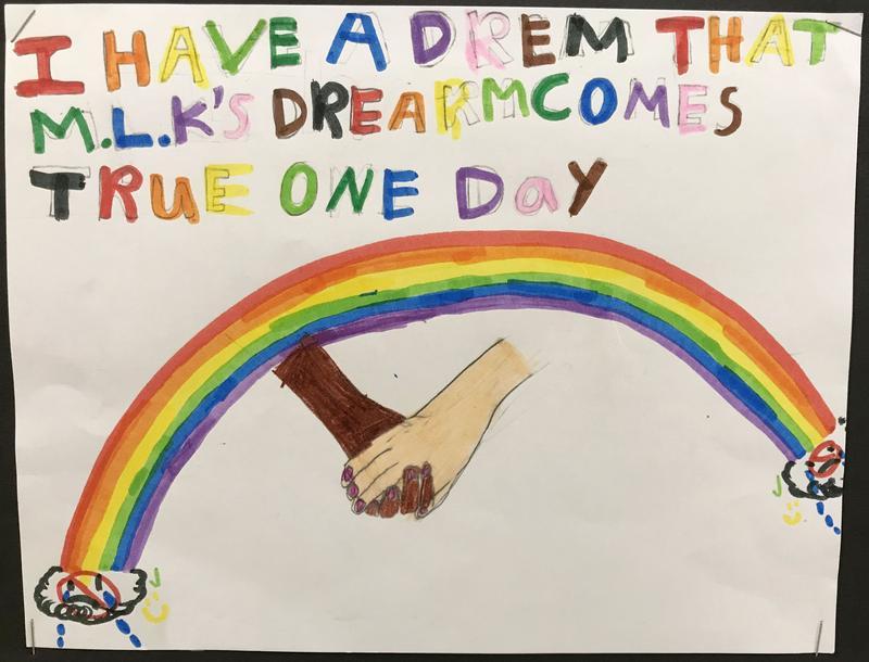 Handmade poster by River Road /El Camino del Rio Elementary student.