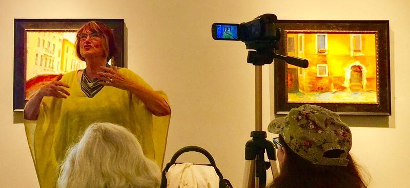 Margaret Coe demonstrates her plein aire kit while painting in the streets of Venice in her Artist Talk at the Karin Clarke Gallery