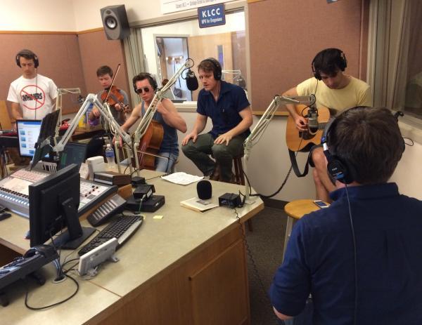 Hey Marseilles. Left to right: Philip Kobernik, Jacob Anderson, Samuel Anderson, Matt Bishop, Nick Ward, Colin Richey