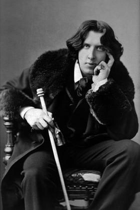 Photo of Oscar Wilde taken in 1882 by Napoleon Sarony.