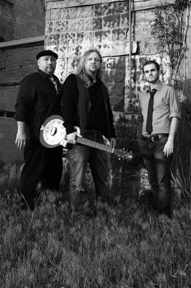 The Terry Quiett Band. The Kansas favorite is featured on Crossroads' New Month, New Music program this week.