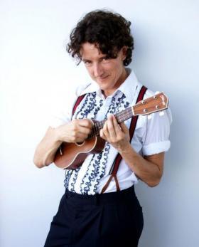 Folk musician Zoe Lewis