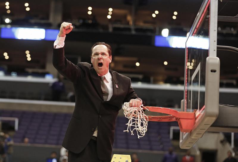 Gregg Marshall celebrates in Los Angeles, Calif., March 30.