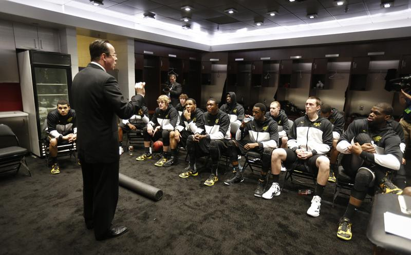 Gregg Marshall addresses his team in Los Angeles, Calif., March 28 - 30.