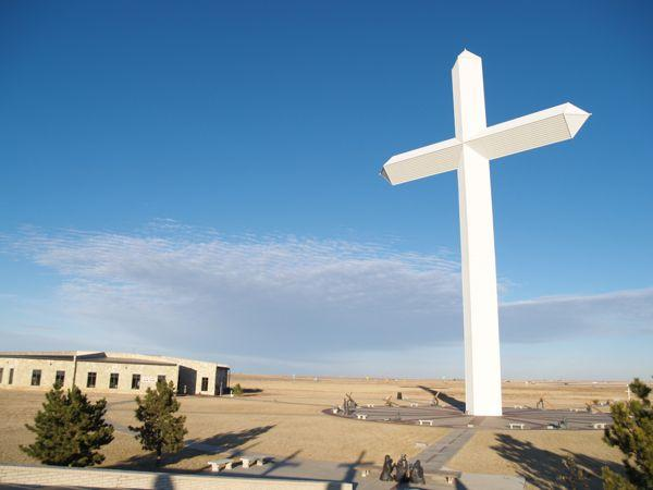 Cross in Groom, Texas