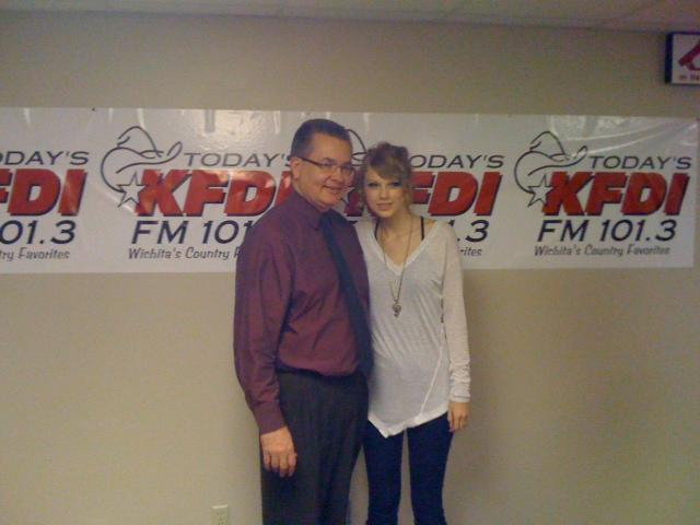 Dan takes a break between newscasts to meet musician Taylor Swift at KFDI-FM