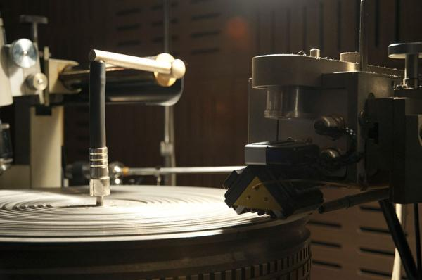The Neumann Record Cutting Machine.